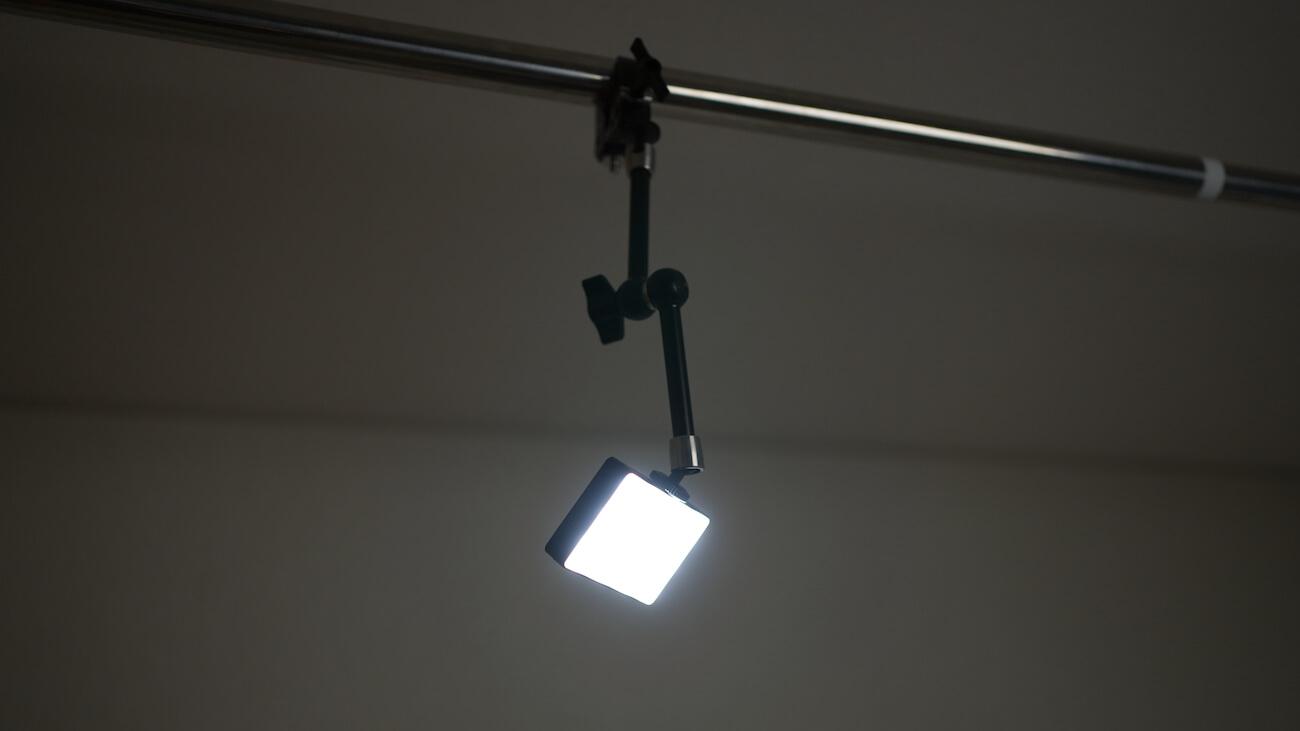 Aputure MCをバックライトとして使用