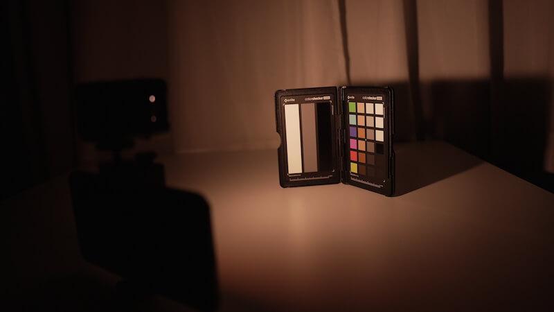 MicroLEDとオレンジのディフューザー